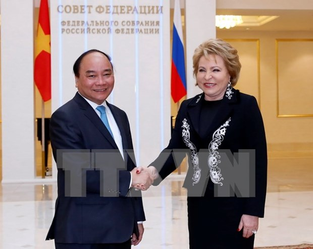 Prime Minister urges stronger legislative ties with Russia hinh anh 1