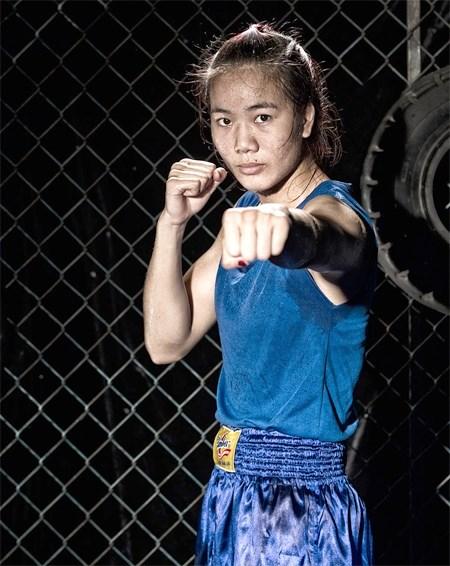 Vietnamese female boxers seek Olympic slots in Kazakhstan hinh anh 1