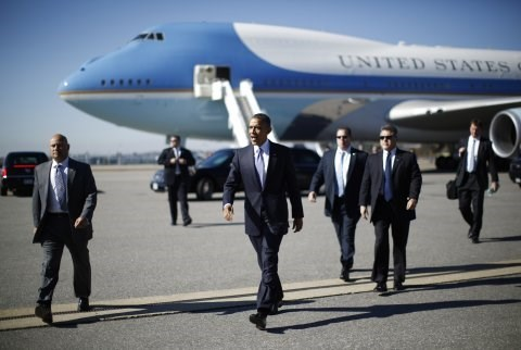 President Barack Obama leaves for Asia hinh anh 1