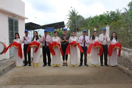 Danish-funded project provides solar power to Ben Tre waterworks hinh anh 1