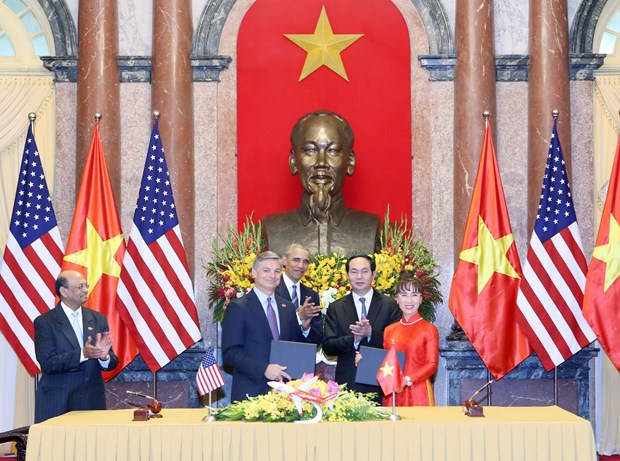 Vietjet, Boeing sign 11.3-billion-USD contract hinh anh 1