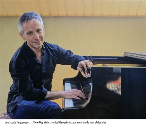 French pianist to perform with Vietnamese artists in HCM City hinh anh 1