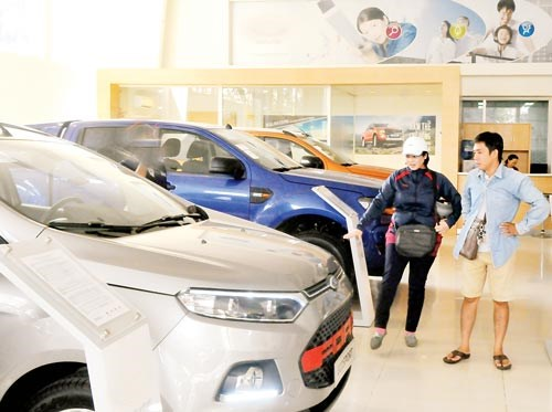 Local car market sees rise in Thai imports hinh anh 1