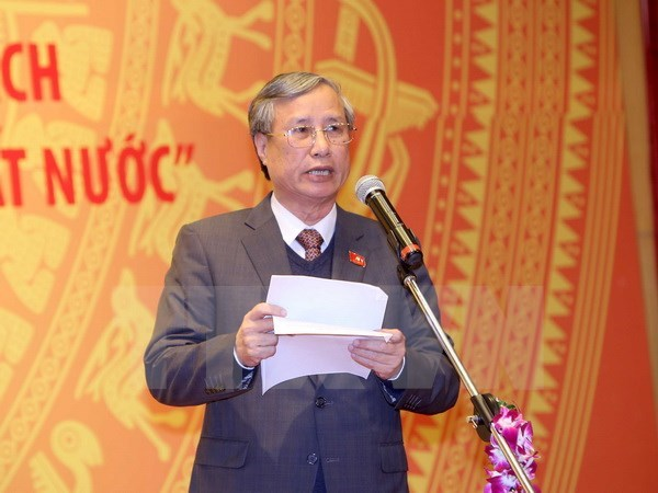 Laos's top leader welcomes Party official from Vietnam hinh anh 1