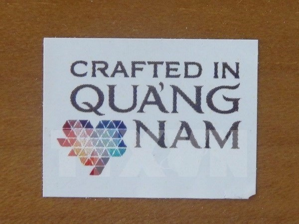 Quang Nam: Fine art products receive local branding hinh anh 1