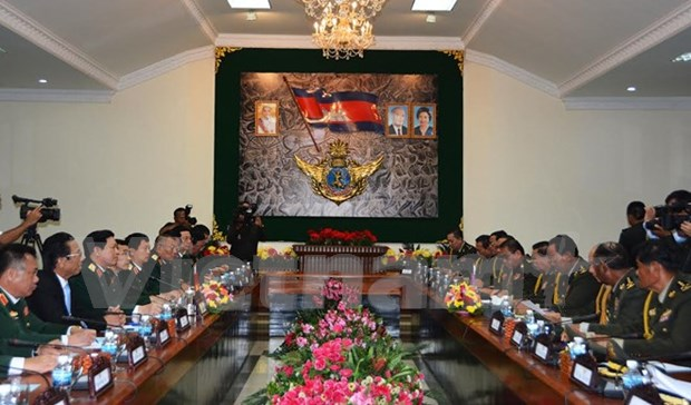 Vietnam, Cambodia beef up defence ties hinh anh 1