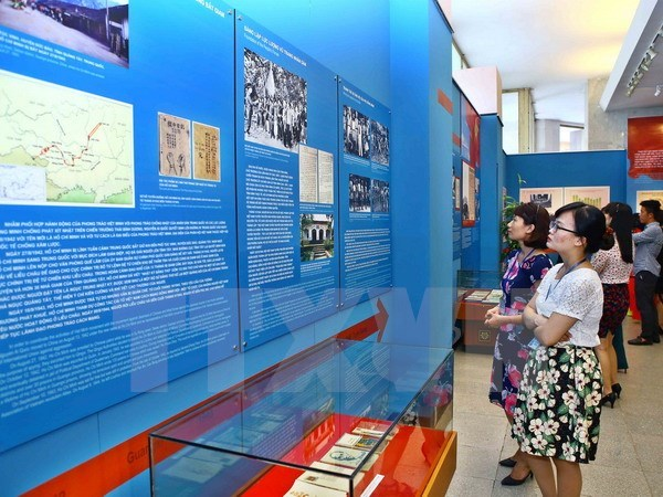 Exhibition chronicles President Ho's national salvation trip hinh anh 1