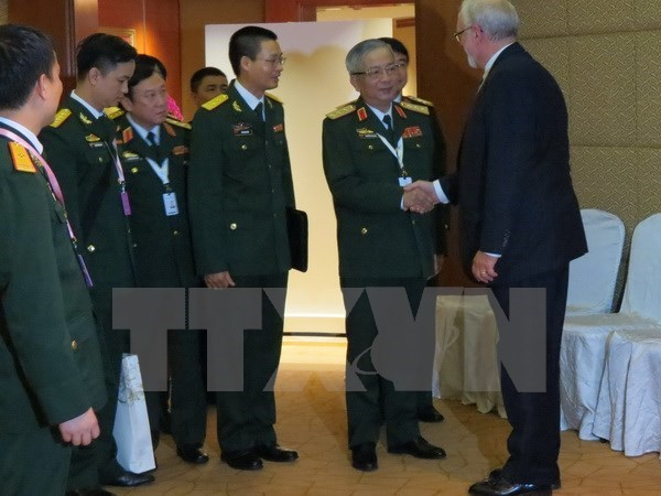Vietnam boosts bilateral dialogues to intensify regional security hinh anh 1