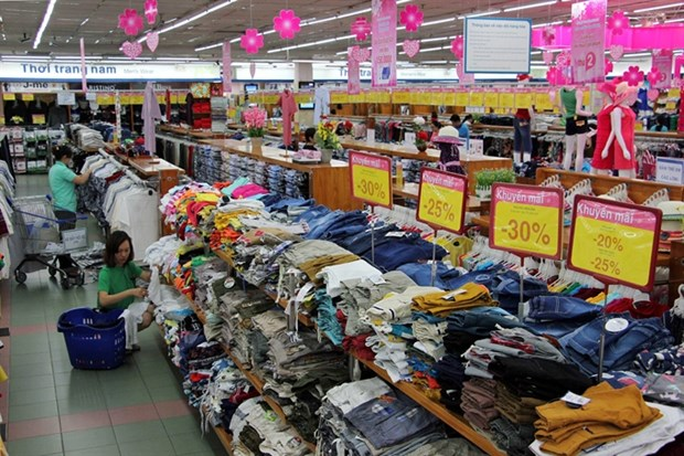 Vietnam's total retail sales increase hinh anh 1