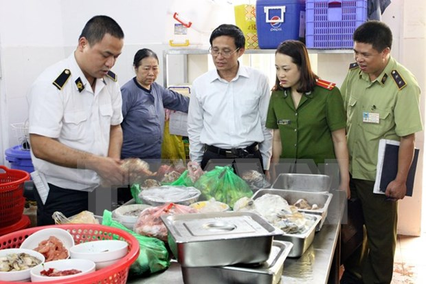 Hanoi moves to tackle unhygienic food hinh anh 1