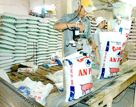 Livestock production development amid drought discussed hinh anh 1
