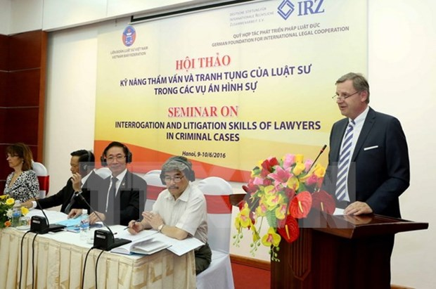 Vietnam, German lawyers share experience at Hanoi conference hinh anh 1
