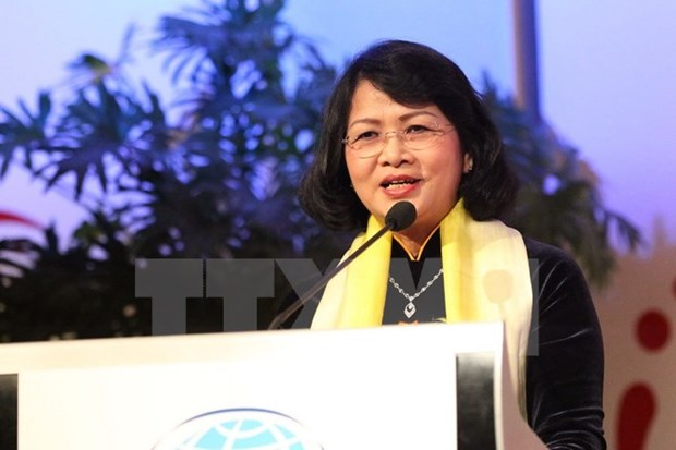 Vice President attends Global Summit of Women hinh anh 1