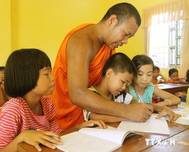 Kien Giang improves education, training for Khmer ethnics hinh anh 1