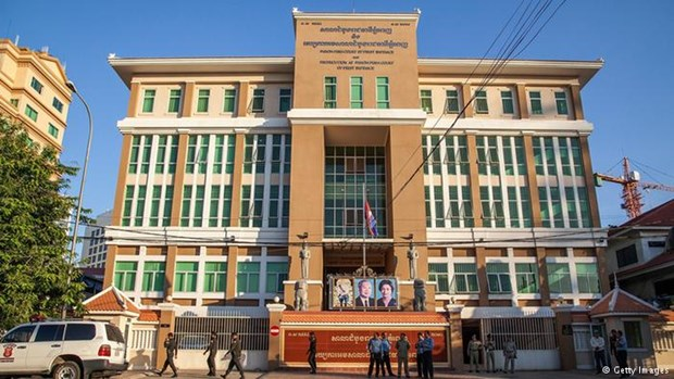 Cambodia court jails three opposition party members hinh anh 1