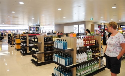 Duty-free business changes proposed hinh anh 1