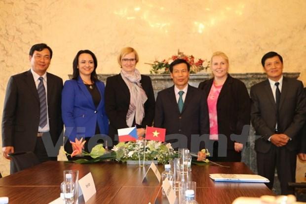 Vietnam, Czech Republic tighten cultural, tourism cooperation hinh anh 1