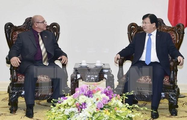 Vietnam, Cuba boost ties hinh anh 1