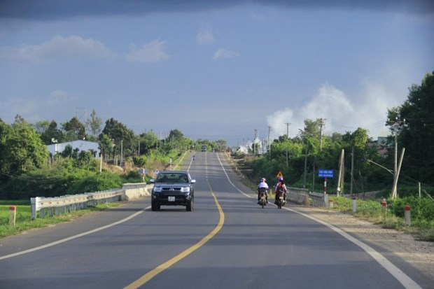 Central Highlands localities strive to improve transport system hinh anh 1