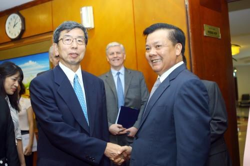 ADB continues supporting Vietnam's development projects hinh anh 1