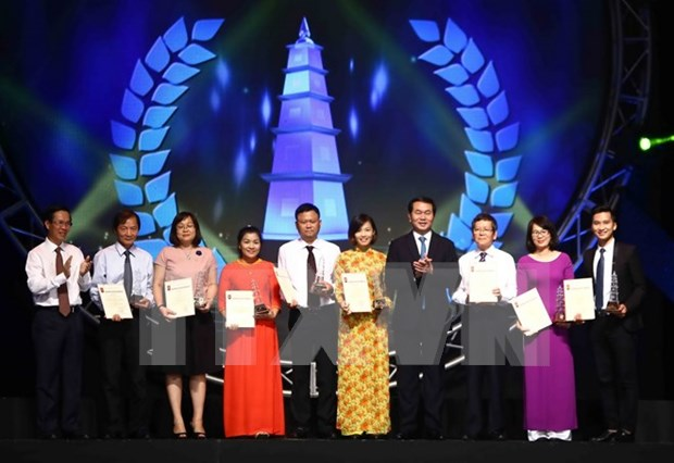 National awards honour excellent press works hinh anh 1