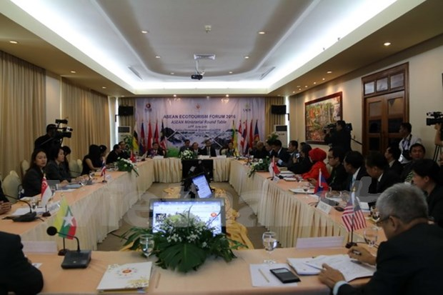 ASEAN to form ecotourism clusters towards sustainable development hinh anh 1