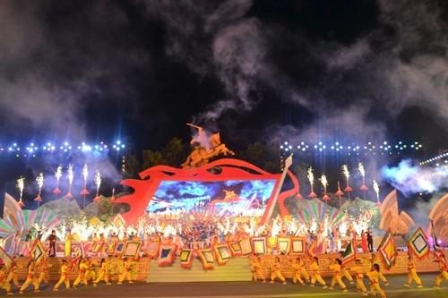 Binh Dinh kicks off Summer Tourism Festival hinh anh 1