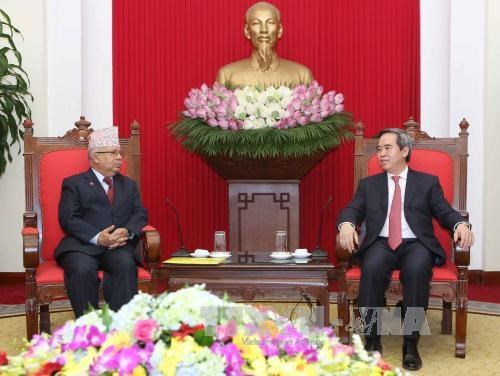 Vietnamese, Nepali communist parties cement relations hinh anh 1