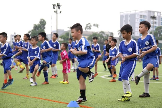 Football for All welcomes kids hinh anh 1