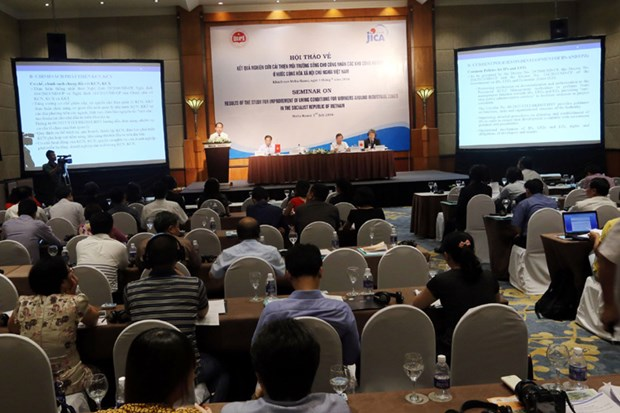 Workshop seeks to develop social housing for worker in IPs hinh anh 1