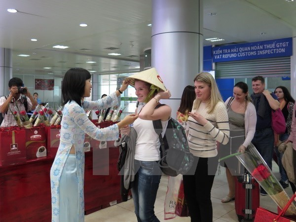 Visa exemption extended for several European nations' citizens hinh anh 1