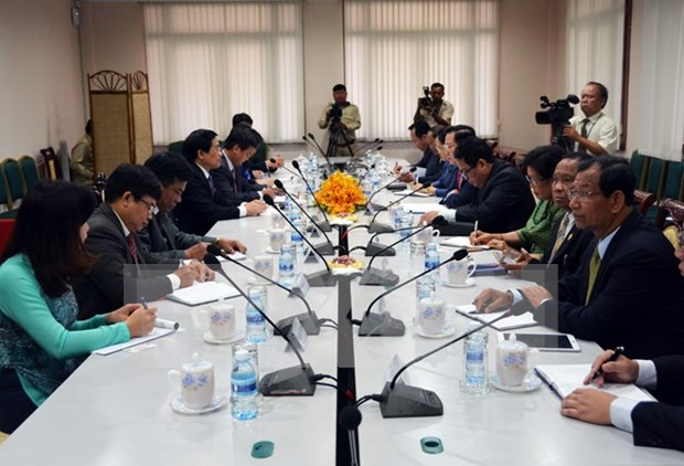 Vietnam, Cambodia discuss ethnic affairs hinh anh 1