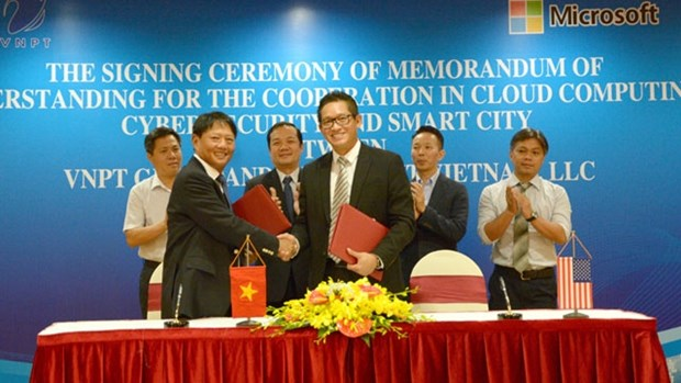 VNPT, Microsoft collaborate in IT projects hinh anh 1