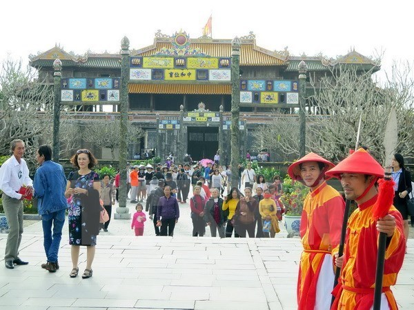 Foreign investors interested in Vietnam's tourism hinh anh 1