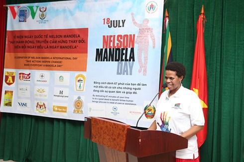 Nelson Mandela International Day celebrated in Hanoi hinh anh 1