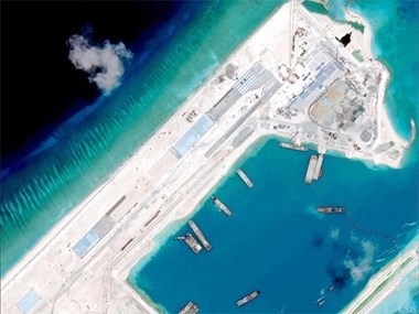 Vietnam News Agency refutes China's coverage about East Sea issue hinh anh 1