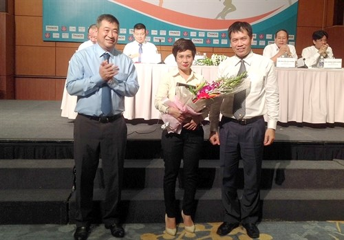 Track-and-field competitors receive sponsorship hinh anh 1