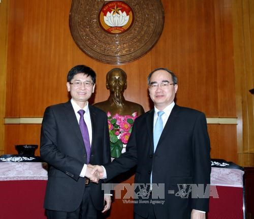 Guangxi wants to boost ties with Vietnam through education hinh anh 1