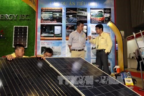 Exhibitions on electrical, energy-saving devices open hinh anh 1