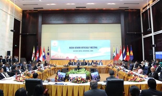 ASEAN senior officials gather in Vientiane hinh anh 1