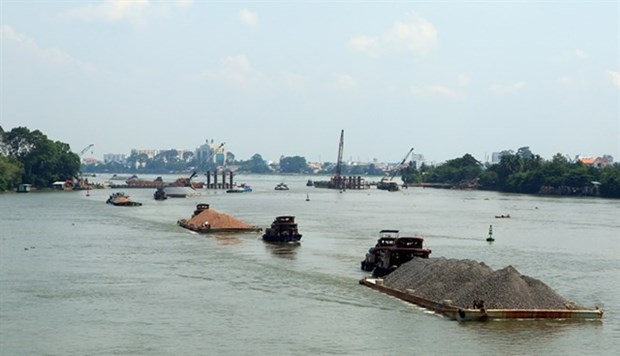 Vietnam needs 36.7 million USD for waterway safety hinh anh 1