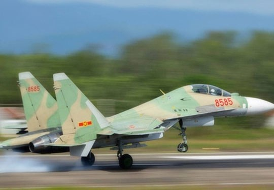 Search for Su30-MK2 military plane ends hinh anh 1