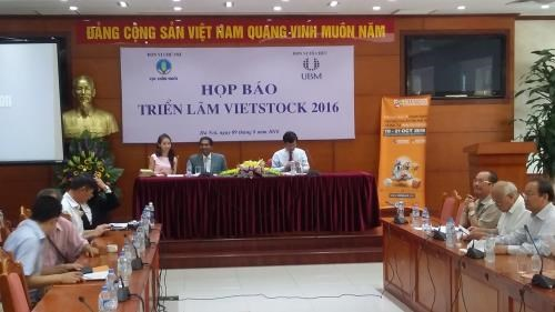 Vietstock 2016 looks to increase food safety hinh anh 1