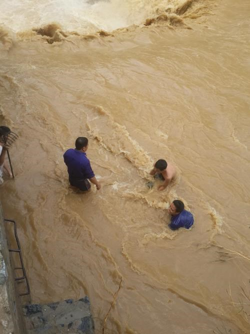 More support for flood-hit residents in Lao Cai hinh anh 1