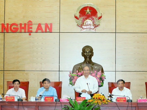 PM asks Nghe An to optimise strength for growth hinh anh 1