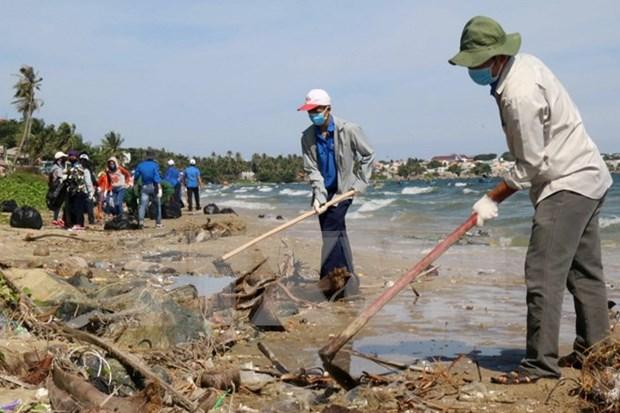 Vietnam protects maritime environment hinh anh 1