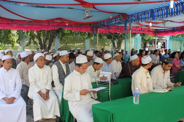 Government religious committee meets Muslim dignitaries hinh anh 1