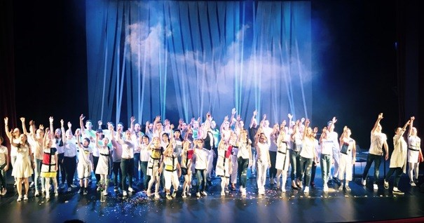 Vietnamese children perform in int'l opera in Russia hinh anh 1