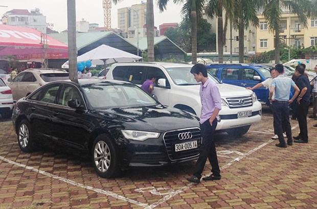 HCM City opens first used car market hinh anh 1