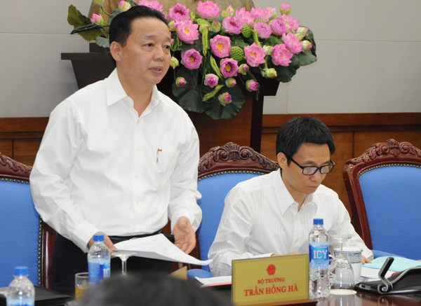 Ministry sets forth solutions to environmental protection hinh anh 1
